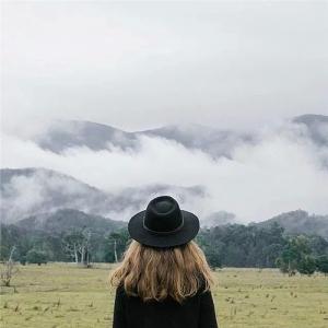 随笔心语:最美的所在,不在路上,而是在心里