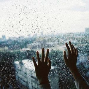 余秋雨:夜雨诗意